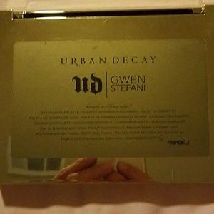 Urban Decay Makeup - Urban Decay Gwen Steffani Pallette.